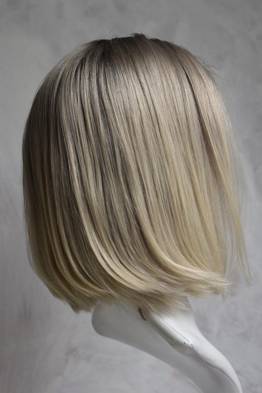 Pravý vlas dámská paruka krátká.
