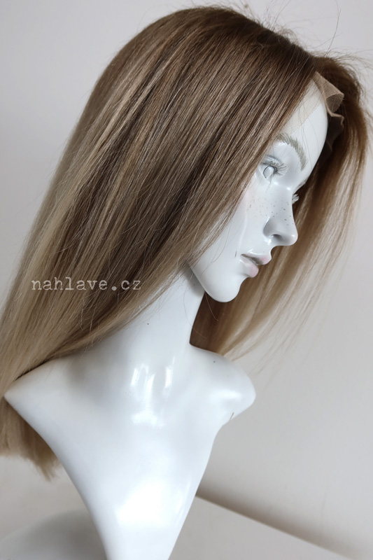 Dark blond dámská paruka z pravých vlasů v délce pod ramena