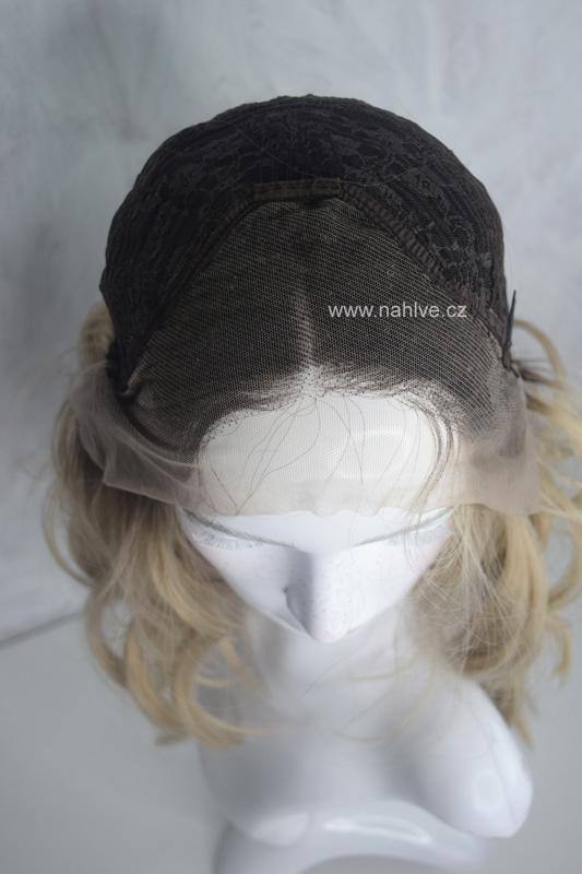 Parochne, dámská pauka v ash blond barvě s délkou na ramena.