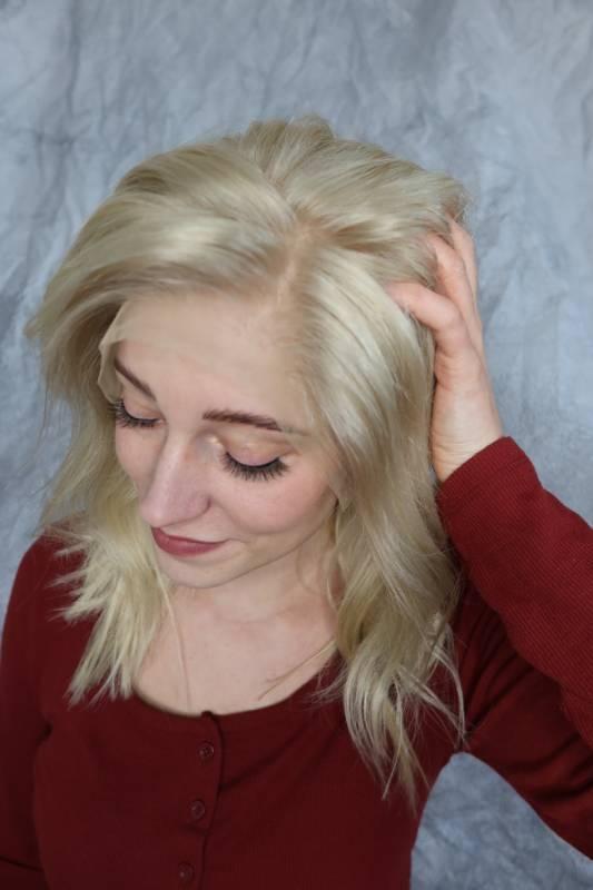 Paruka z pravých vlasů v light blond barvě