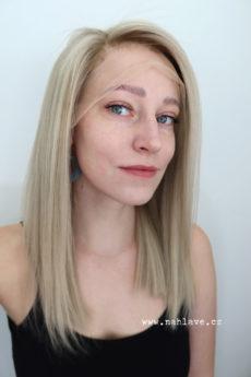 Paruka z pravých vlasů v krásné přirozené blond barvě. D8mská paruka, parochne.