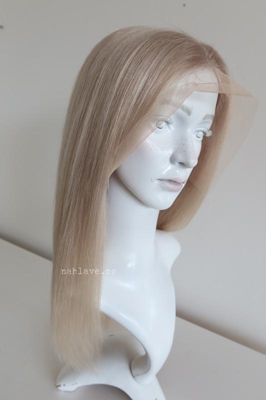 Light blond dámská paruka z pravých vlasů v délce pod ramena